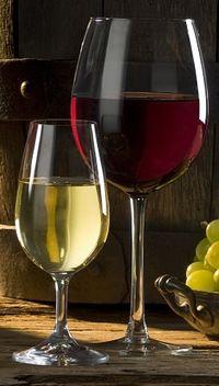 Красное и белое вино для приворота
